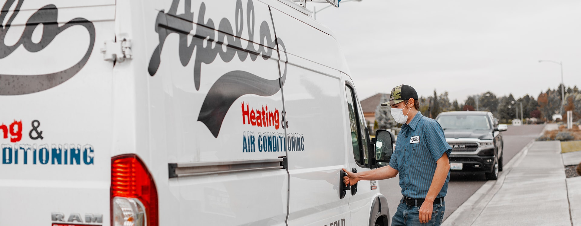 commercial hvac company apollo heating and air employee and van